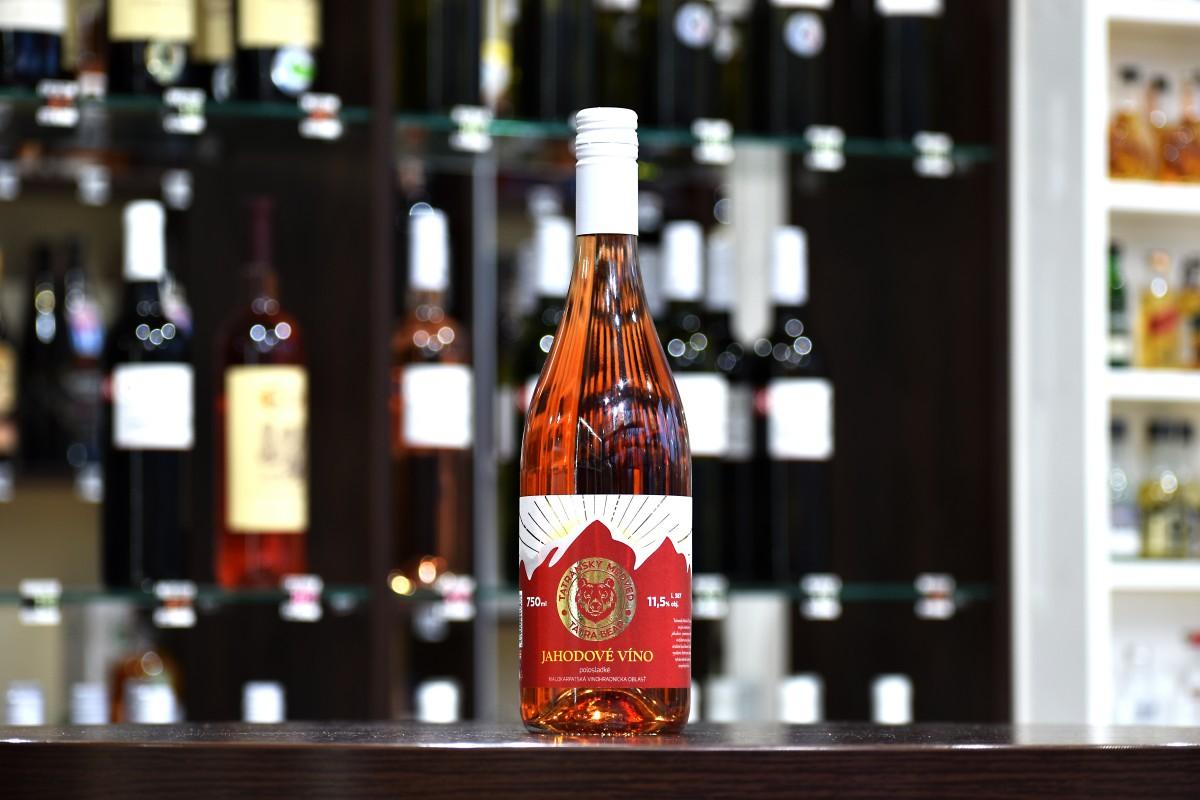 Tatranský Medveď Jahodové víno, polosladké 11,5% 0,75 l