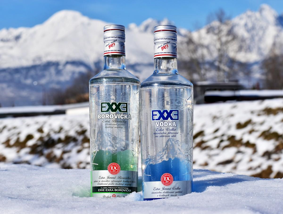 EXXE Borovička a Vodka Prelika