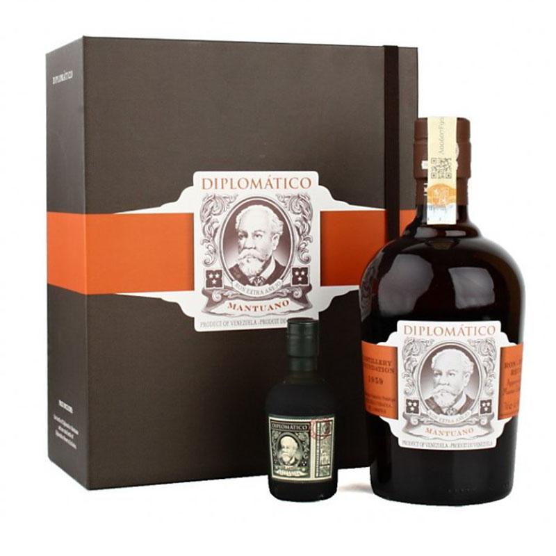 Diplomático Rum Mantuano 40 % 0,75 l Kniha